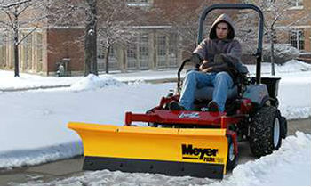 Meyer-Contractor-ZTRSnowPlow.jpg